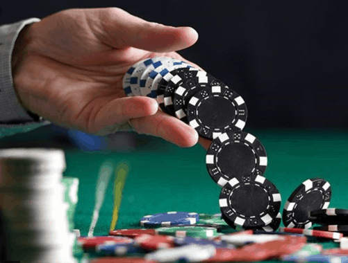 Know About Different Online Gambling Games To Earn At Your Hours - Gambling